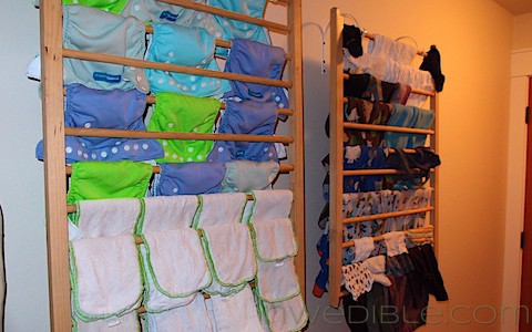 DIY Wall-Mounted Clothes Drying Rack